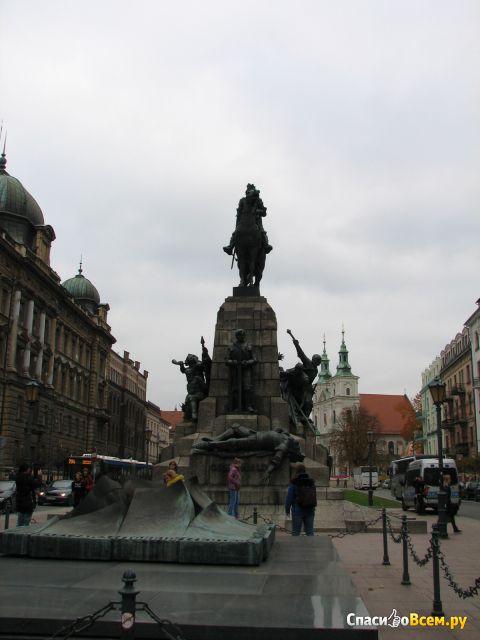 Площадь Яна Матейко (Польша, Краков) фото
