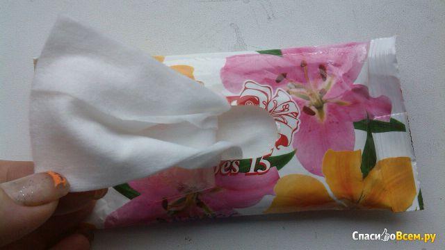 """Влажные салфетки """"Lili"""" с ароматом лилии"""