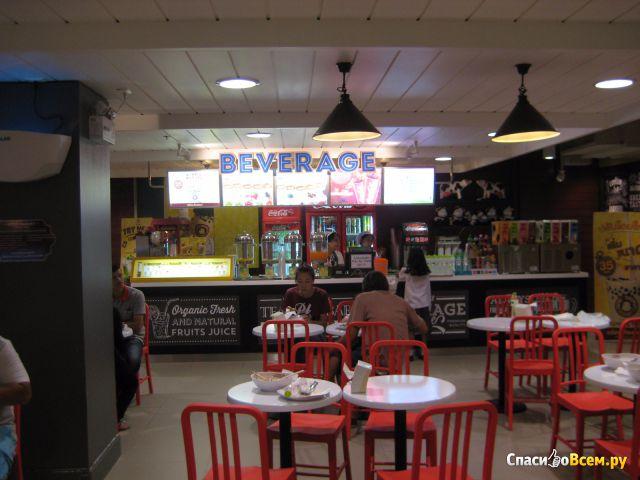 Торговый центр Market Village в Хуа Хине (Таиланд) фото