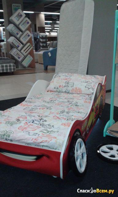"""Детская кровать-машинка """"Виват-мебель"""" арт. 083-0082 фото"""