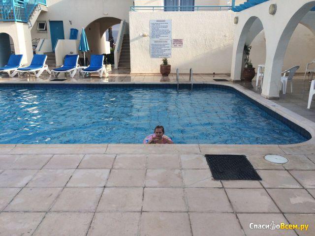 Отель Sunny Hill Hotel Apartments 3* (Кипр, Пафос) фото