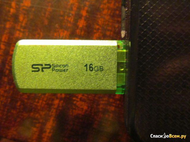 USB-флешка Silicon Power Helios 101 фото