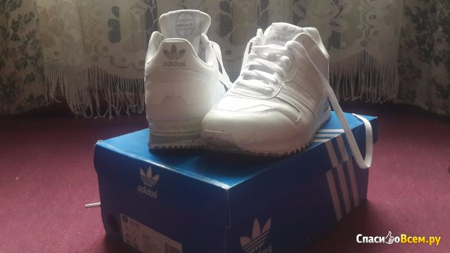 Мужские кроссовки Adidas zx700 фото