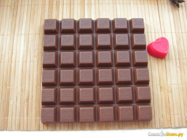Шоколад молочный Ritter Sport Goldschatz 40% какао фото