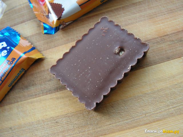 "Шоколад с вафелькой ""Мишка на севере"" ""Фабрика имени Крупской"" фото"