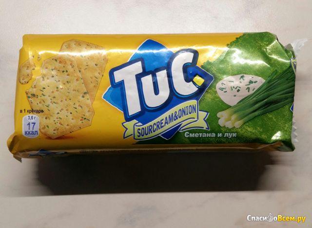 Крекер Tuc со сметаной и луком фото