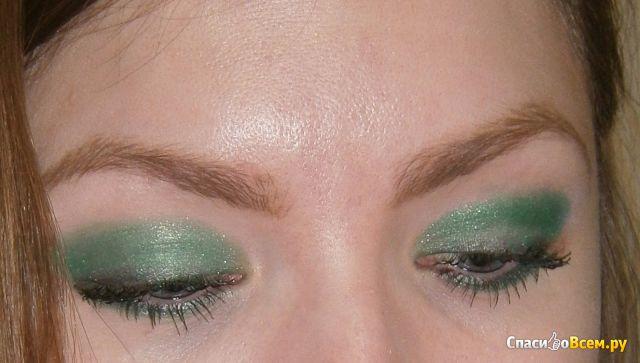 Рассыпчатые тени-пигмент для век Avon  Mark Sparkling Emerald Сияющий изумрудный фото