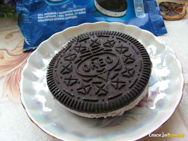 Мороженое Oreo с заменителем молочного жира и печеньем фото