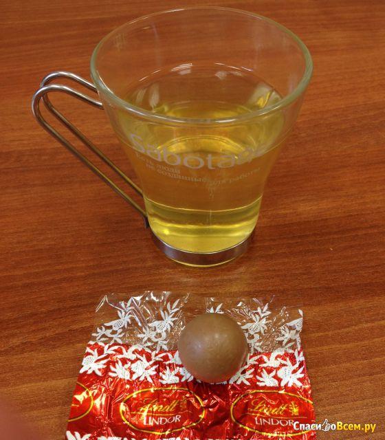 Конфеты шоколадные Lindt Lindor Assorted фото