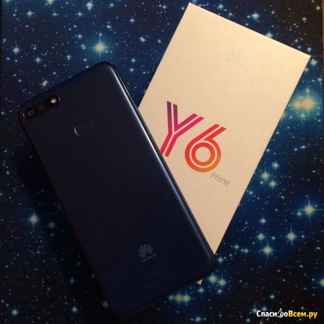 Мобильный телефон Huawei Y6 фото