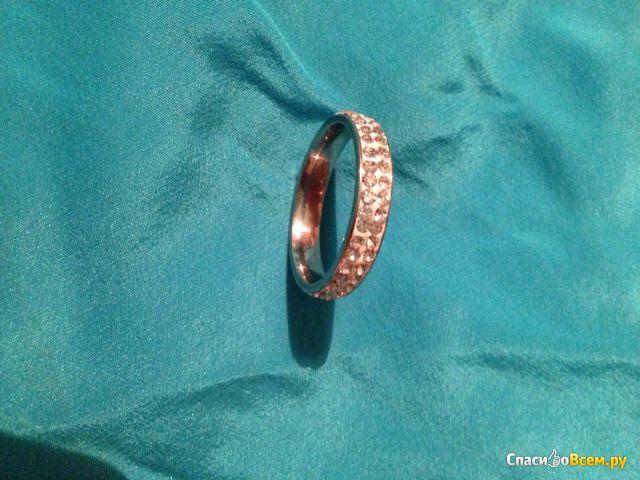 Кольцо с кристаллами хрусталя Elsemode Арт R06 фото