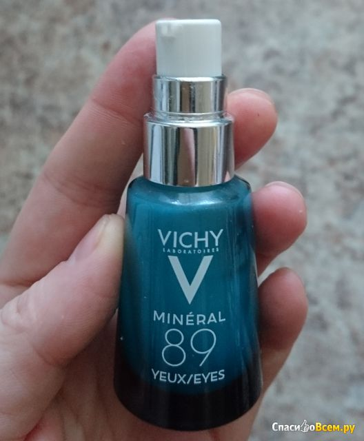 Восстанавливающий и укрепляющий уход для кожи вокруг глаз Vichy Mineral 89 фото