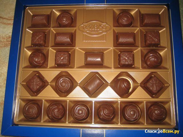 """Набор шоколадных конфет АВК """"Ассорти"""" молочный шоколад со вкусом оригинальных десертов фото"""