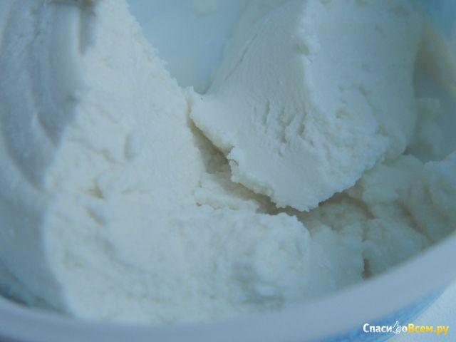 Сыр Castelli Ricotta 40% фото