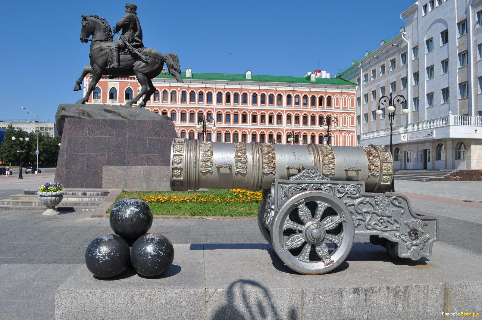 этот памятники россии фото с названиями и описанием представленных