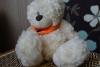 Мягкая игрушка Plush Apple медведь с шарфом 24 см белый