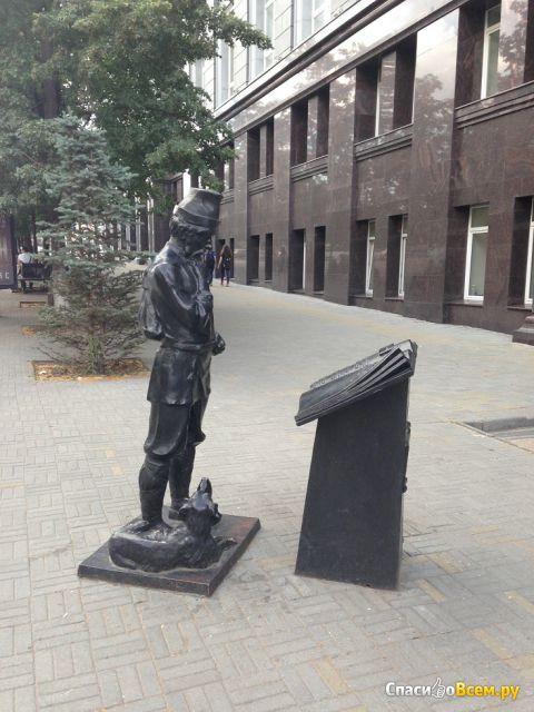 """Памятник """"Ходок"""" (Россия, Челябинск) фото"""